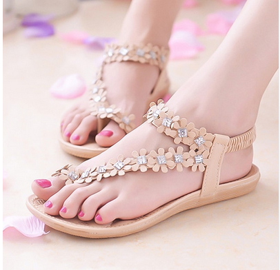 LAKESHI Women Sandals Flower Shoes Woman Flip Flops Fashion Summer Flat  Sandals Bohemian Ladies Sandals 2018 Casual Women Shoes 32784bc8f98b